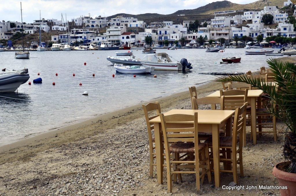 Taverna, port of Livadi, Serifos