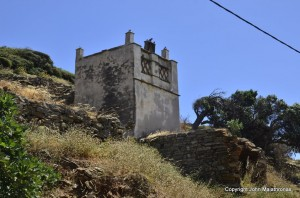 Most dovecotes are in ruins, on fields with no access