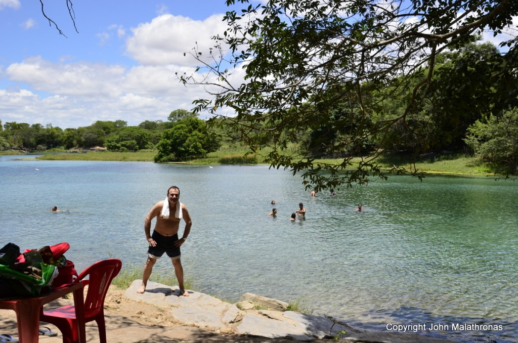 Swimming in the Pratinha lake chapada diamantina lencois Bahia