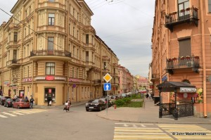 Stolnyarnyi Pereulok or Carpenters' Place (S-Place in Crime and Punishment) today.