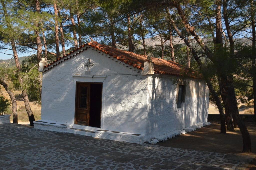Church of Aghios Ioannis, Vafios.