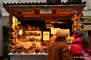 Ceramics stand in Spittelberg Christmas market, Vienna