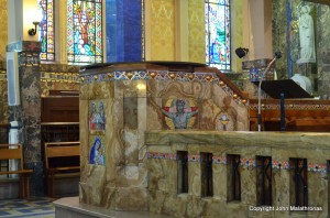 Onyx pulpit, Notre-Dame-des-Malades