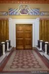 Side door symmetry in Notre-Dame-des-Malades