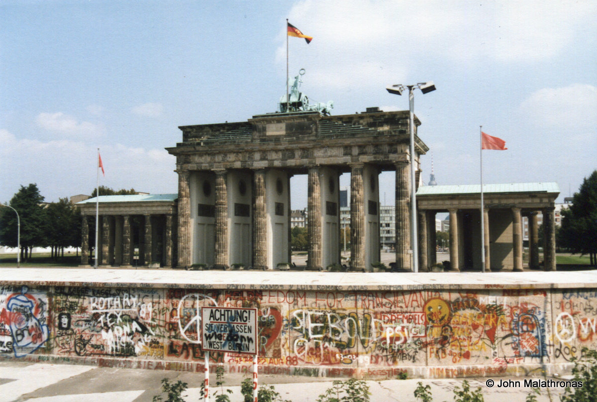 the day the berlin wall came down